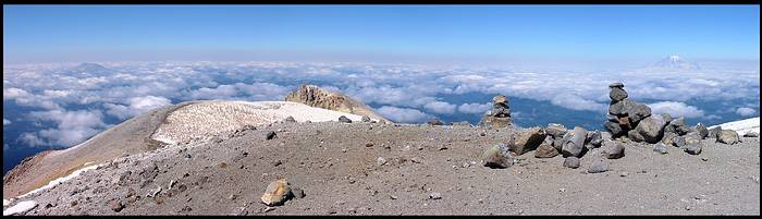 Mount Adams climb: summit panorama with Mt St Helens and Mt Rainier