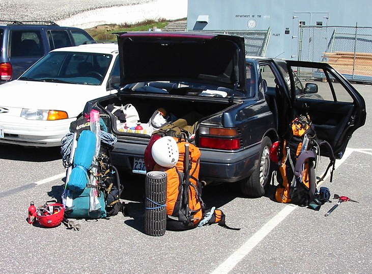 Mount Rainier climb: in the Paradise parking lot, sorting the gear