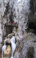 H&amp;#246;llental: in the H&amp;#246;llentalklamm gorge, crossing a bridge