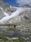 Approach to the Refuge des Ecrins: at the tongue of Glacier Blanc