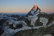 Zinalrothorn: Matterhorn in first light