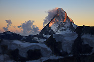 Zinalrothorn: Matterhorn at sunset